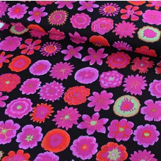 Kaffe Fassett Button Flowers Black Baumwoll Webstoff